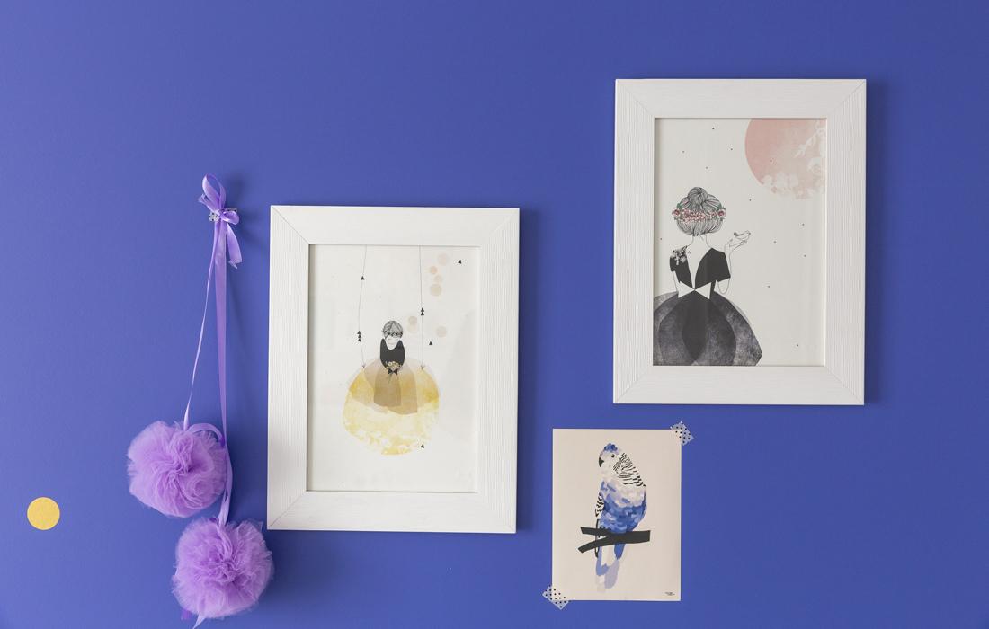 Chambre bleue pour une petite fille détail décoration murale p ...