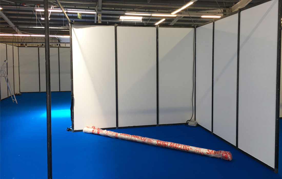 salon idées Maison 2017- stand vide