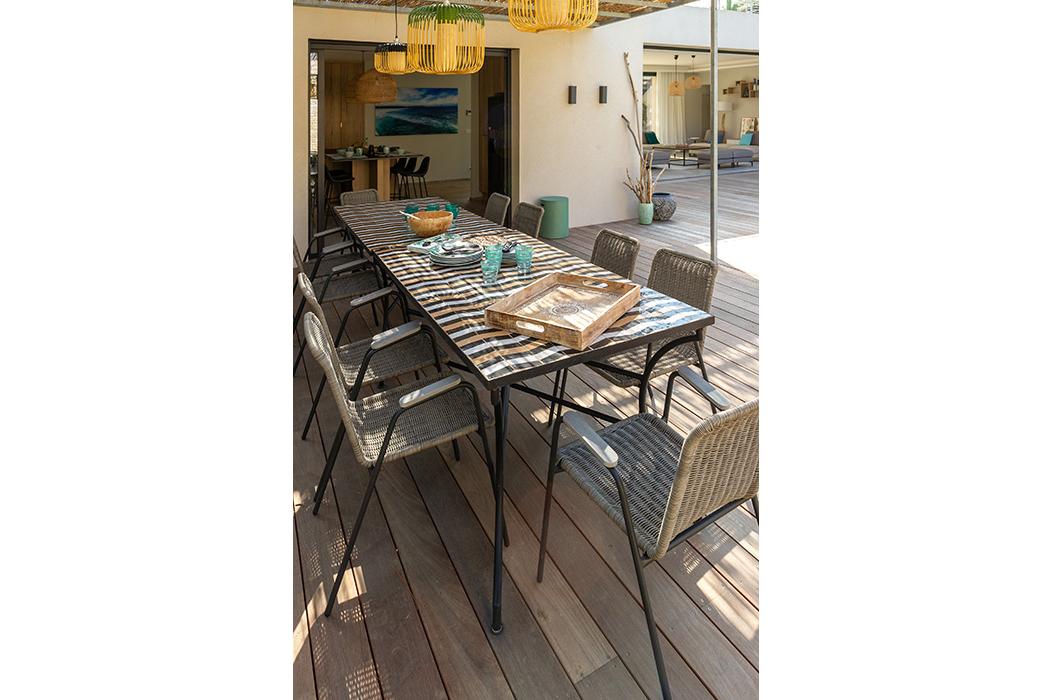 cuisine d'été suspension table zeliges