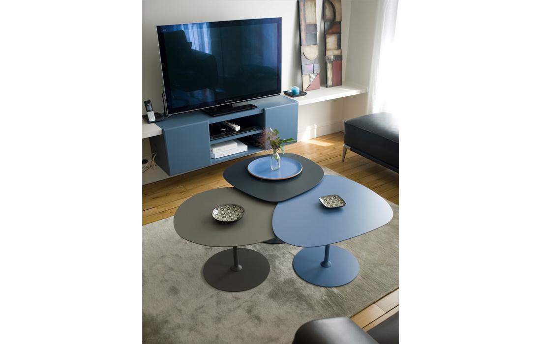 Coin tv appartement chic bleu
