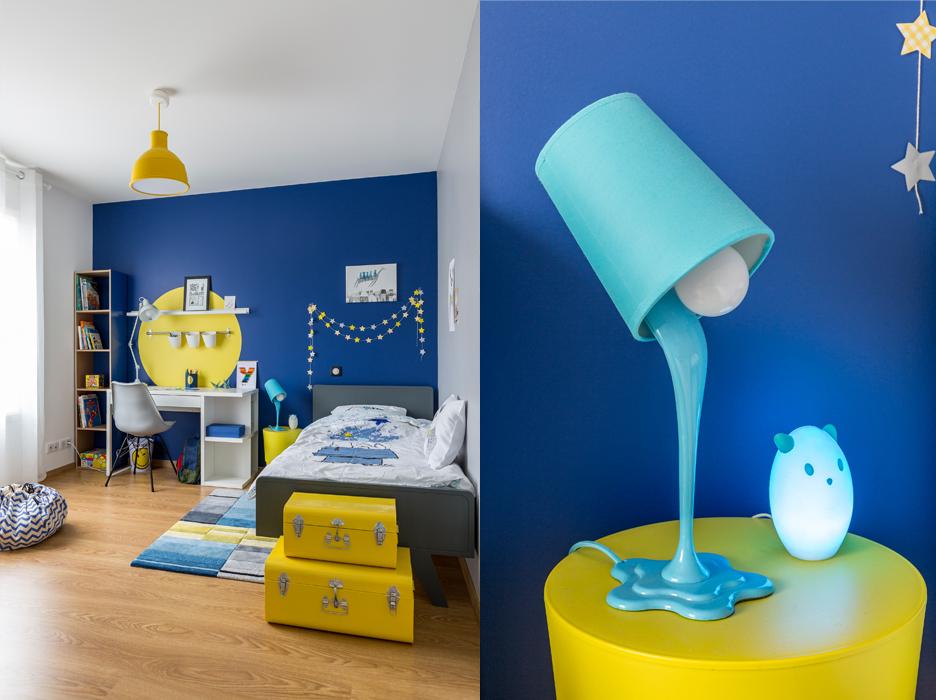 Chambre garçon bleu et jaune coin bureau - Delphine Guyart