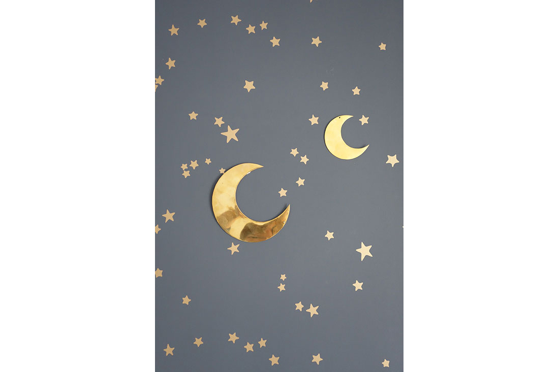 real-chambre-enfant-garcon-bleu-lunes-delphine-guyart-design
