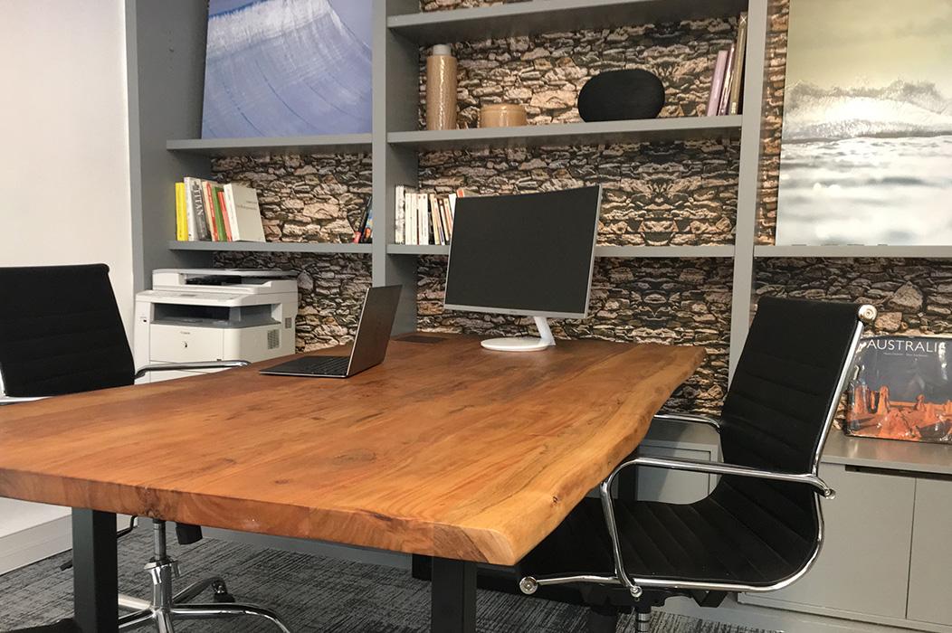 Bureau Table Bois Brut Delphine Guyart